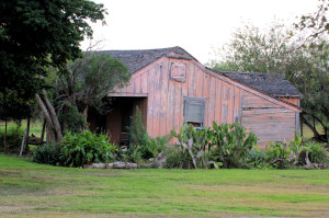 old building near Rio Grande River south of Harlingen TX - 2012-12-09